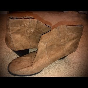 Size 9 Tan Boots/Booties